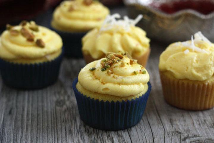 Saffron Cupcakes Buttercream